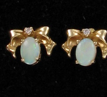 Synthetic Opal Gold-Stone Earrings 10K Yellow Gold 5dwt