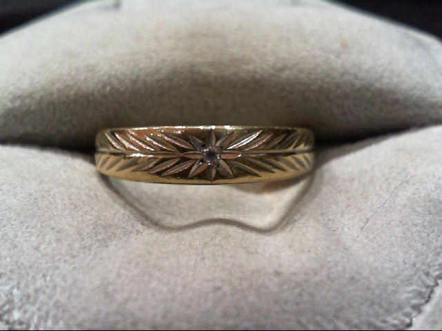Gent's Gold-Diamond Wedding Band .01 CT. 10K Yellow Gold 2.1g Size:8.8