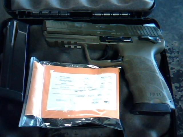 HECKLER & KOCH Pistol 745001GG-A5