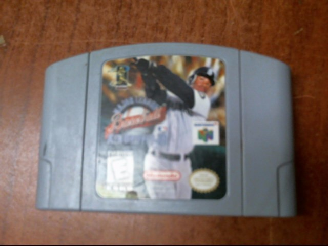 Nintendo 64 MAJOR LEAGUE BASEBALl KEN GRIFFEY Jr.