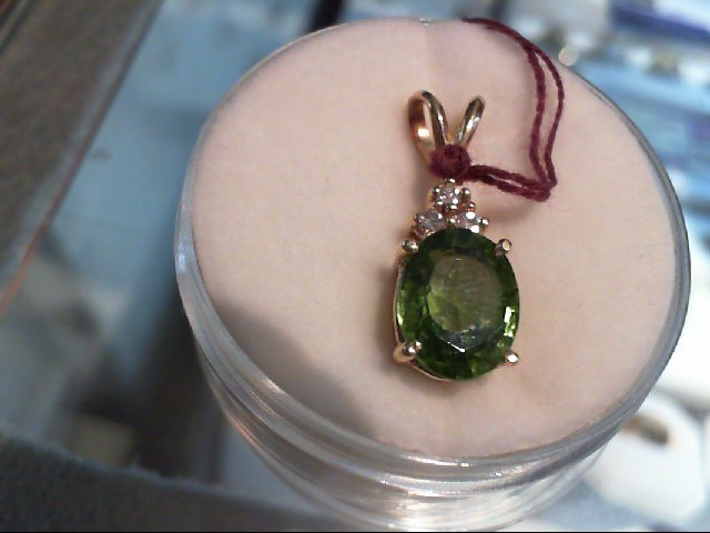 Peridot Gold-Diamond & Stone Pendant 3 Diamonds .03 Carat T.W. 14K Yellow Gold