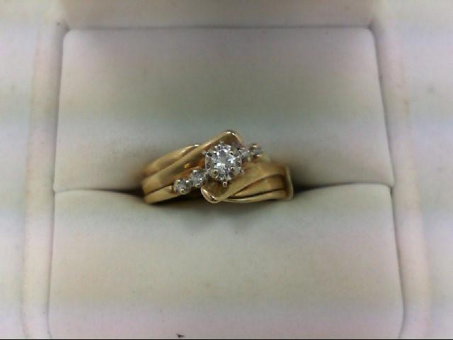 Lady's Diamond Wedding Set 5 Diamonds 0.11 Carat T.W. 14K Yellow Gold 3.9g Size: