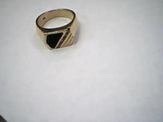 Onyx Gent's Stone & Diamond Ring 6 Diamonds .12 Carat T.W. 14K Yellow Gold