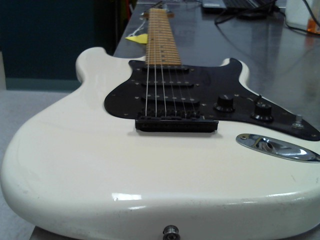 CRUISE GUITAR Electric Guitar VMI