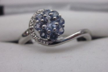 LADY'S 925 Silver 3.3g Synthetic Tanzanite SIZE 9