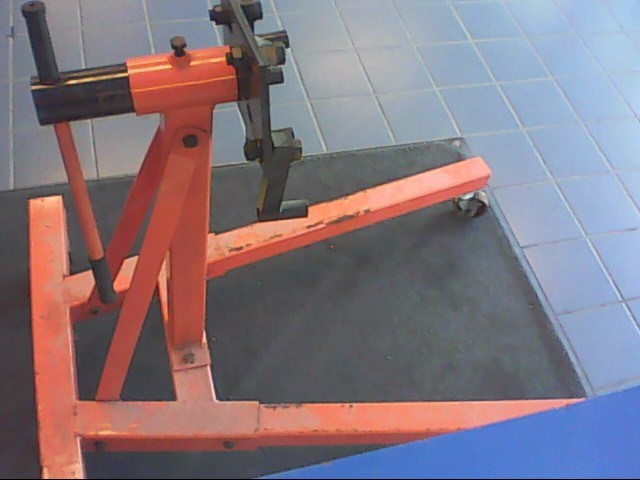 CENTRAL MACHINERY Misc Automotive Tool 2000LB ENGINE STAND 04420