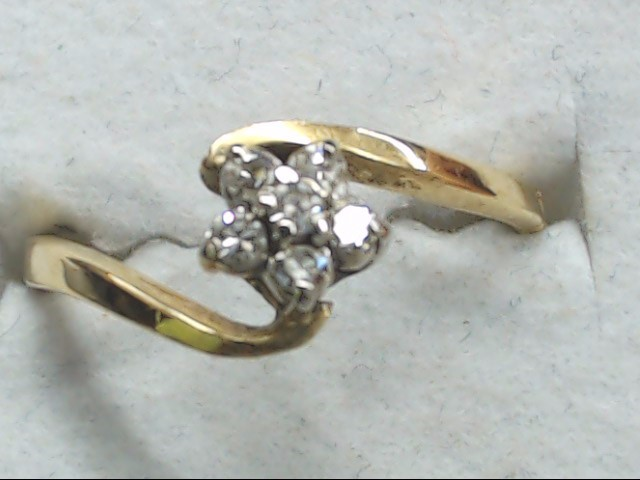 Lady's Diamond Cluster Ring 6 Diamonds .18 Carat T.W. 14K Yellow Gold 2.1g
