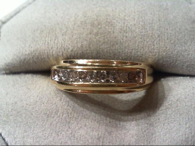 Gent's Gold-Diamond Wedding Band 9 Diamonds .27 Carat T.W. 10K Yellow Gold 2.9g