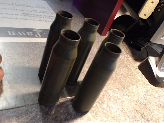 MILITARY  MEMORABILIA 25MM ARTILLERY SHELL