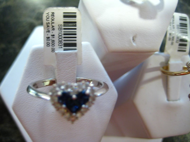 Synthetic Blue Stone Lady's Stone Ring 14K White Gold 4g