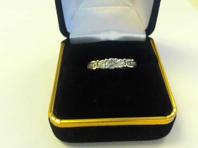 Lady's Diamond Solitaire Ring .29 CT. 14K White Gold 3.2dwt