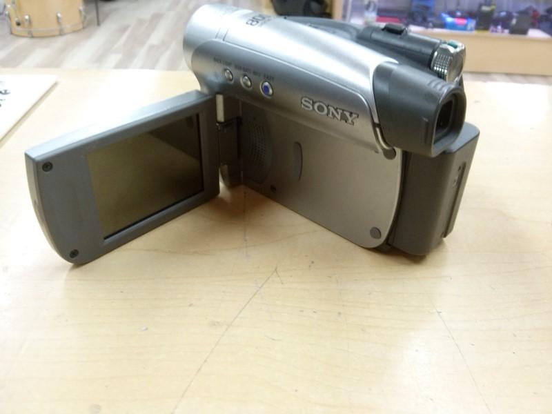 Sony Handycam DCR-HC28
