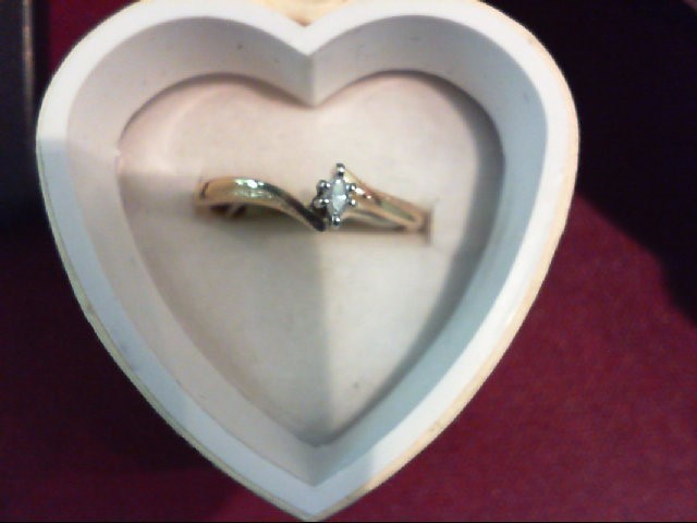 Lady's Diamond Engagement Ring .04 CT. 10K Yellow Gold 1.6g