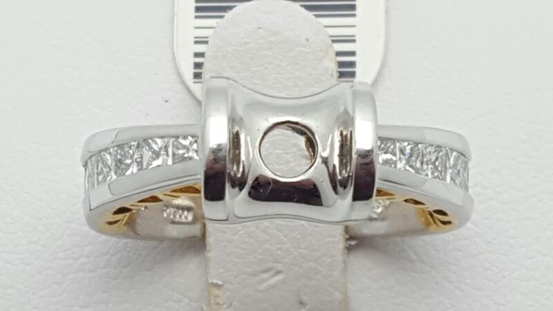 Lady's Platinum-Diamond Wedding Band 12 Diamonds .84 Carat T.W. 585 Platinum 9.9