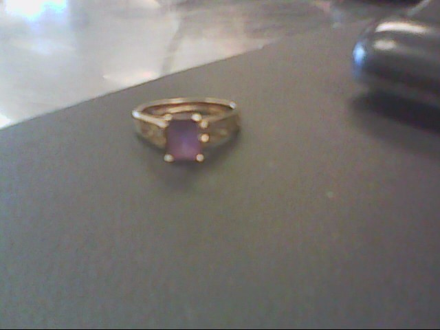 Synthetic Amethyst Lady's Stone Ring 10K Yellow Gold 2.1g Size:6.5