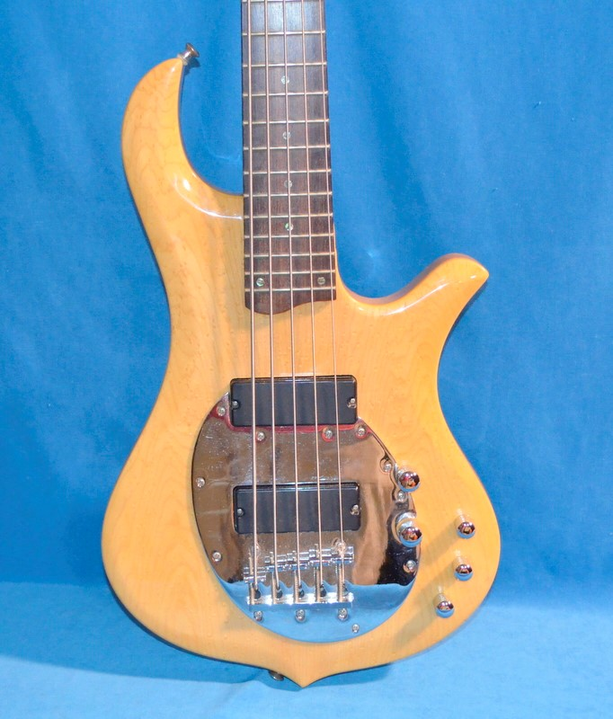 TRABEN Bass Guitar NEO LIMITED