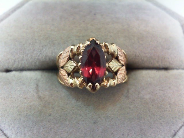 Lady's Gold Ring 10K Tri-color Gold 2.8g