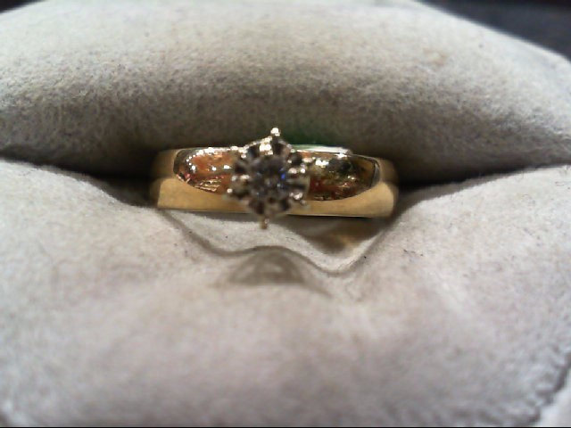 Lady's Diamond Engagement Ring .05 CT. 10K Yellow Gold 2.4g