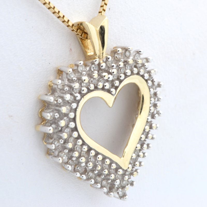 ESTATE DIAMOND CLUSTER HEART PENDANT CHARM SOLID 10K GOLD VALENTINE