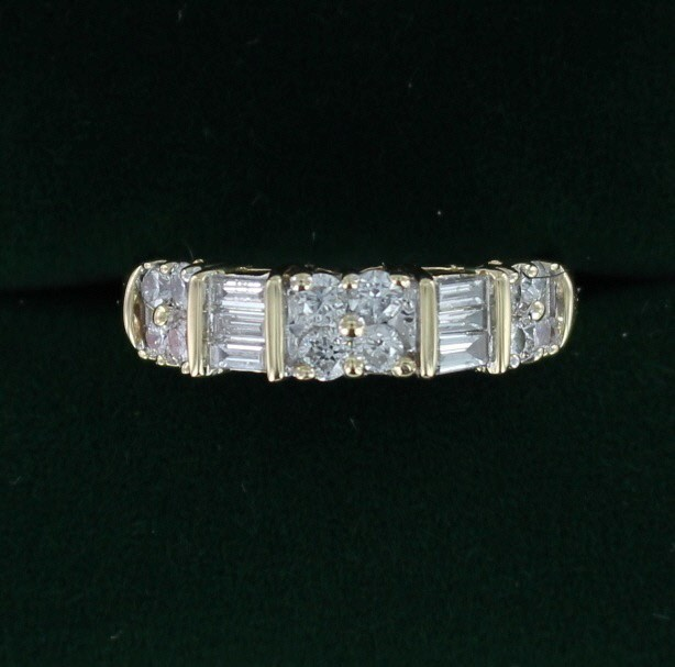 Lady's Diamond Wedding Band 18 Diamonds .98 Carat T.W. 14K Yellow Gold 3dwt