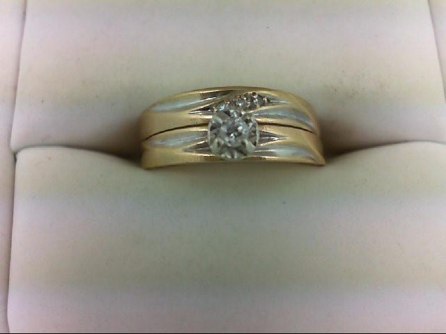 Lady's Diamond Wedding Set 0.05 CT. 14K Yellow Gold 3.3g