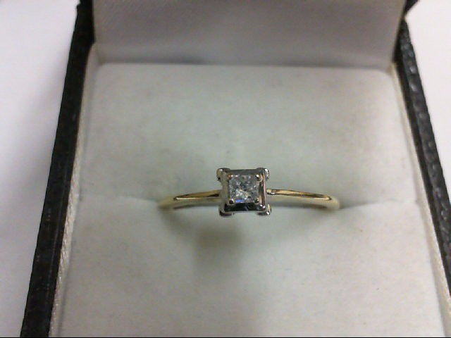 Lady's Diamond Solitaire Ring 0.08 CT. 10K Yellow Gold 1.3g