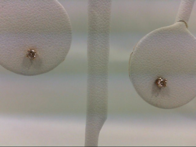 Gold-Diamond Earrings 2 Diamonds 0.1 Carat T.W. 14K Yellow Gold 0.6g