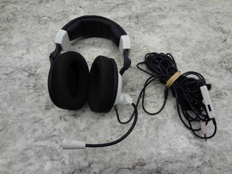 TURTLE BEACH EARFORCE X11 HEADSET WITH CORDS