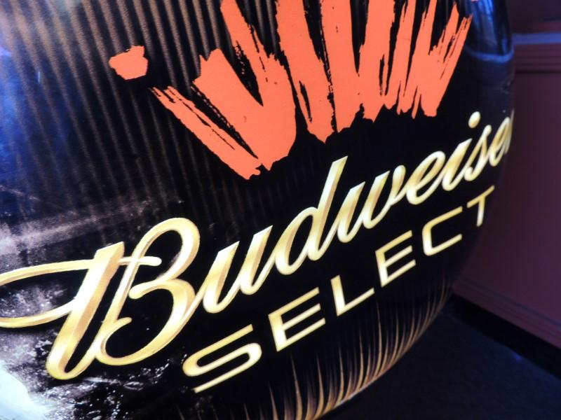 BUDWESIER SELECT ROTATING LIGHT BAR SIGN