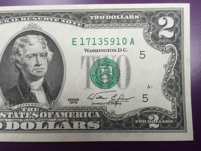 UNITED STATES 1976 $2 FIRST ISSUE ERROR REV STAMP