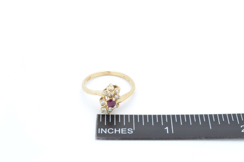 ESTATE DIAMOND RUBY RING SOLID 14K GOLD CLUSTER FLOWER SIZE 6.50