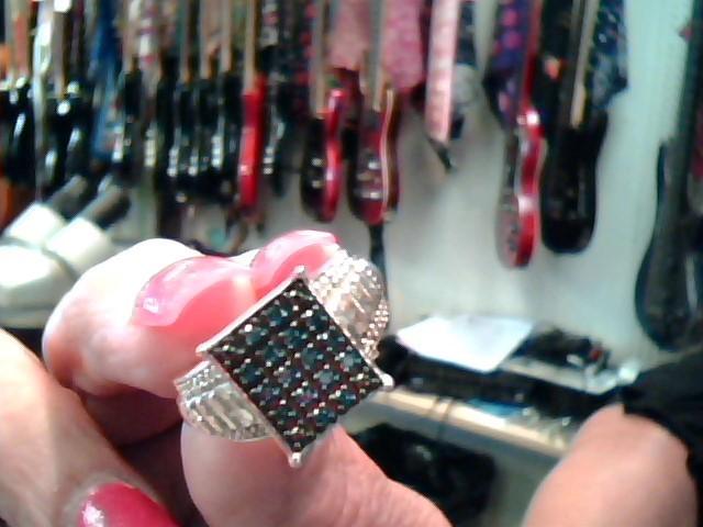 Lady's Silver-Diamond Ring 60 Diamonds 1.00 Carat T.W. 925 Silver 3.3dwt Size:7
