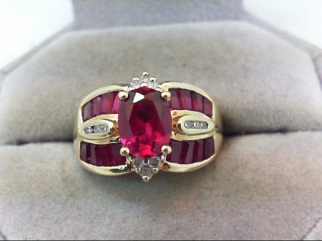 Lady's Diamond Fashion Ring 12 Diamonds .18 Carat T.W. 10K Yellow Gold 5.4g