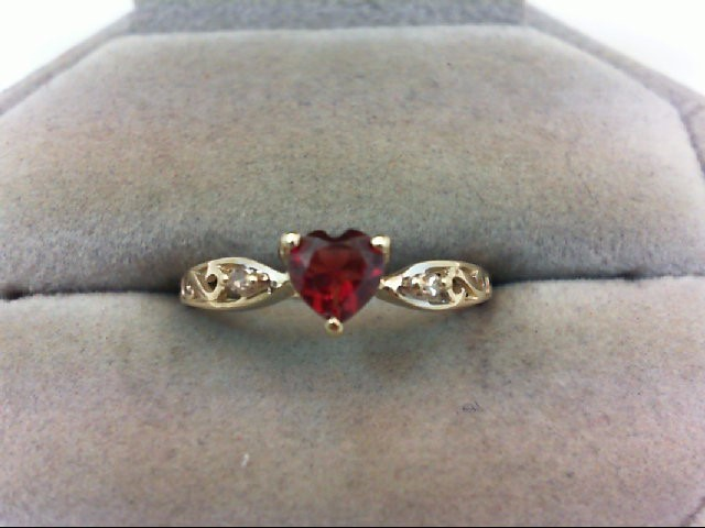 Almandite Garnet Lady's Stone Ring 10K Yellow Gold 1.6g