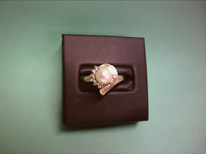 Synthetic Pearl Lady's Stone Ring 14K Yellow Gold 2.43dwt SIZE 8