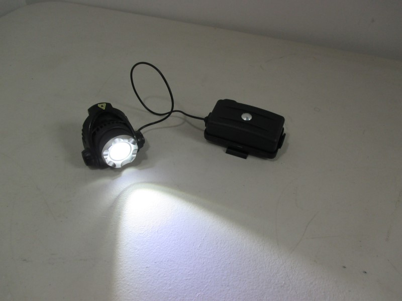 LED TACTICAL LIGHT
