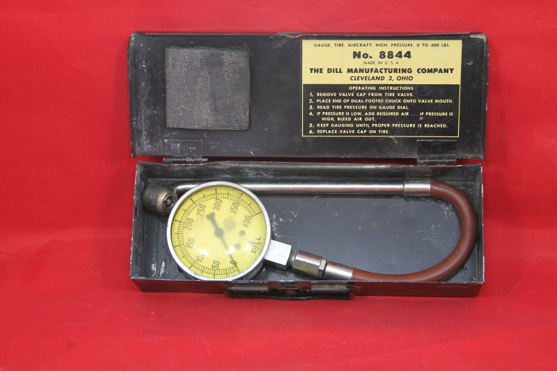 DILL MANUFACTURING COMPANY Tool 8844 TIRE GAUGE vintage