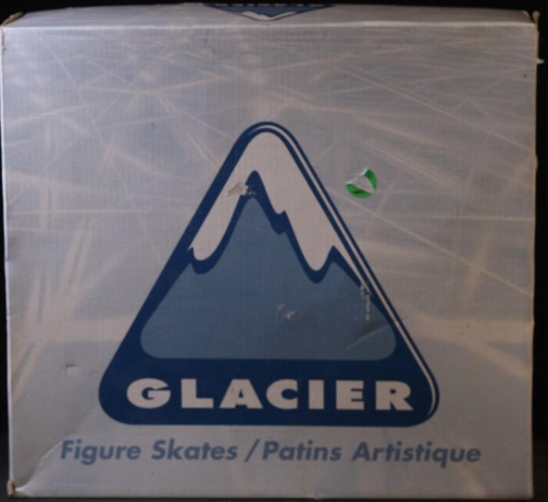 ICE/FIGURE SKATES, GLACIER BY JACKSON ULTIMA, GSU121 MISSES SIZE 3