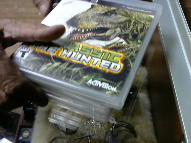PS3 JURASSIC THE HUNTED