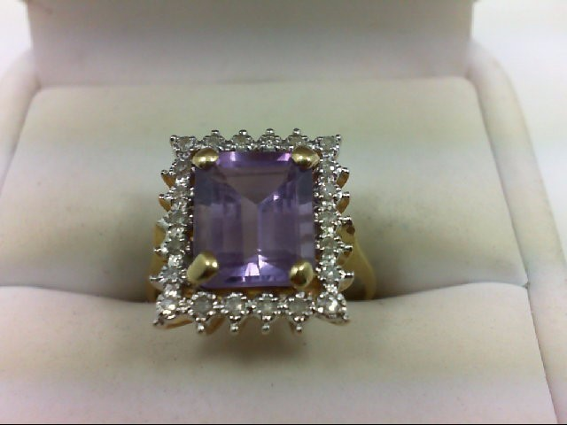Amethyst Lady's Stone Ring 14K Yellow Gold 4g