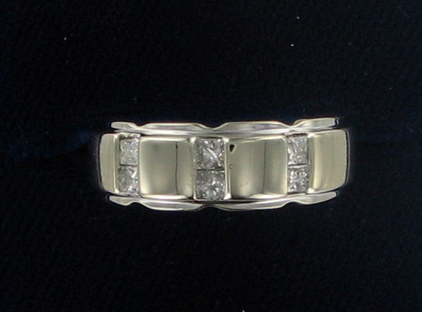 Gent's Gold Ring 14K White Gold 8.9dwt
