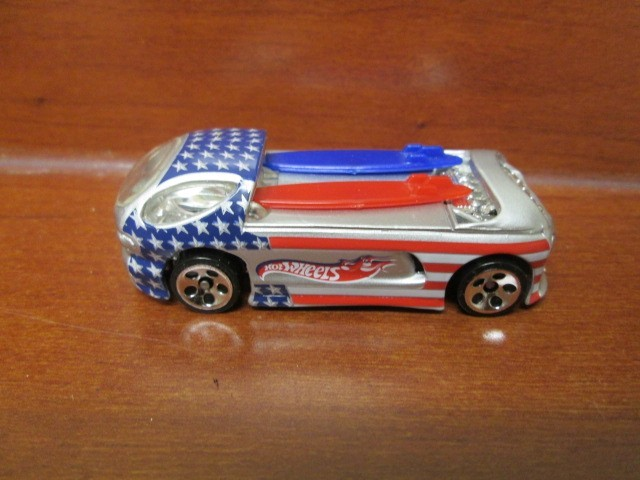 1999 HOT WHEELS CAR PATRIOTIC