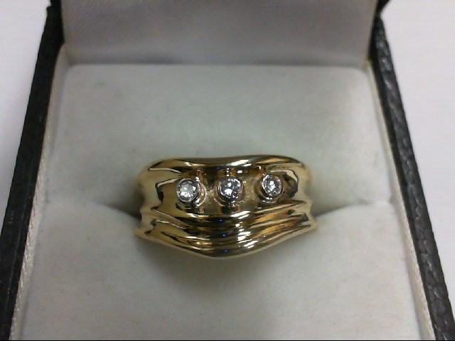 Lady's Diamond Wedding Band 3 Diamonds 0.15 Carat T.W. 14K Yellow Gold 7g