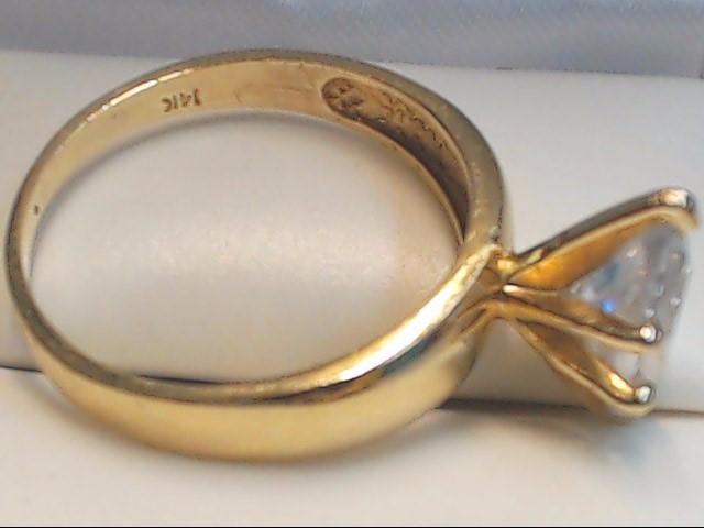 White Stone Lady's Stone Ring 14K Yellow Gold 3.9g Size:8