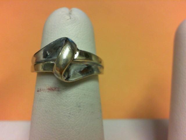 Lady's Gold Ring 14K 2 Tone Gold 2.8g Size:5.5