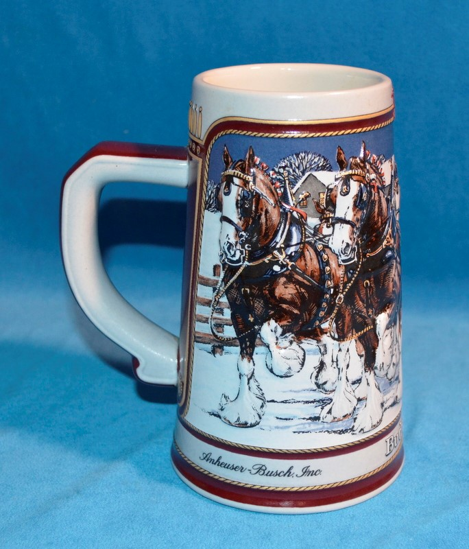 1989 BUDWEISER HOLIDAY BEER STEIN WORLD FAMOUS CLYDESDALES
