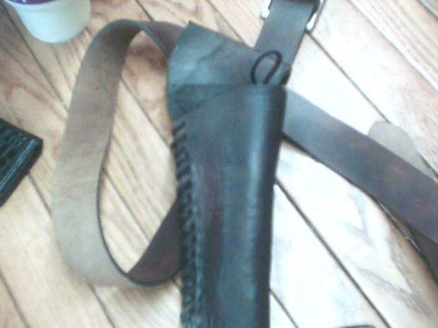 Holster BROWN LEATHER HOLSTER WITH BELT