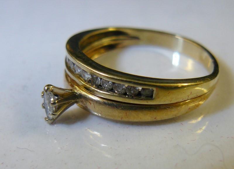 Lady's Diamond Wedding Set 13 Diamonds .29 Carat T.W. 14K Yellow Gold 2.52dwt