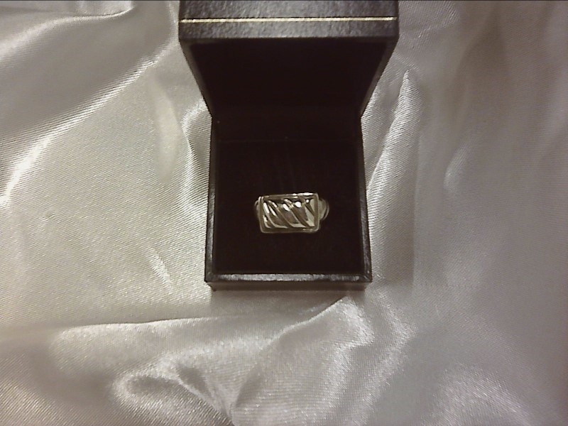 SILVER BAND WITH WAVY BAND SIZE 6.5 -2.97DWT