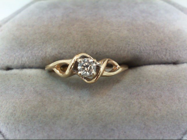 Lady's Diamond Engagement Ring .15 CT. 10K Yellow Gold 1.8g